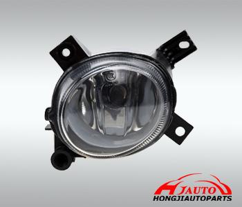 AUDI A4 B7 FOG LAMP 8E0941699c