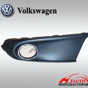 VW Polo Sedan Fog Light Case 6RU853666B
